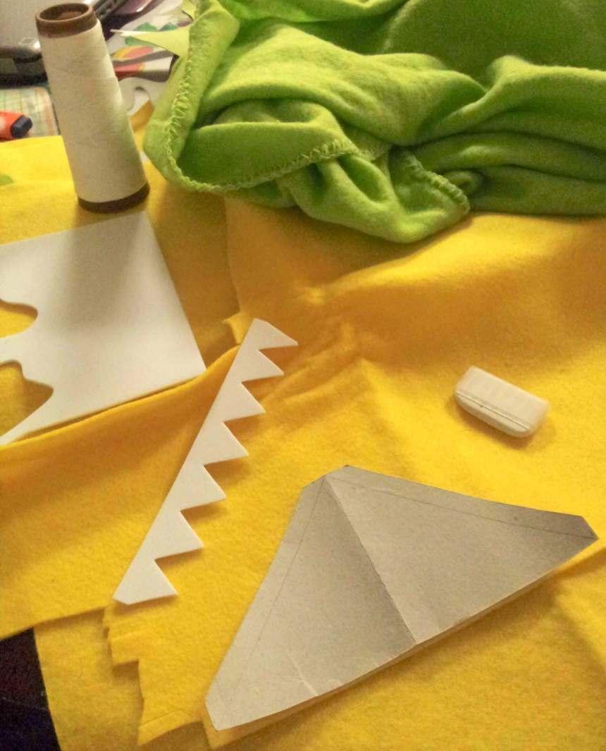 diy dinosaur hoodie supplies
