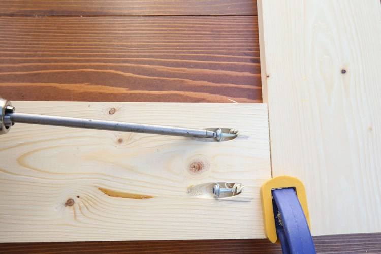 Join two pieces of wood together with Kreg Screws