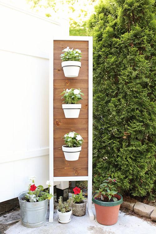 DIY Vertical Planter Stand