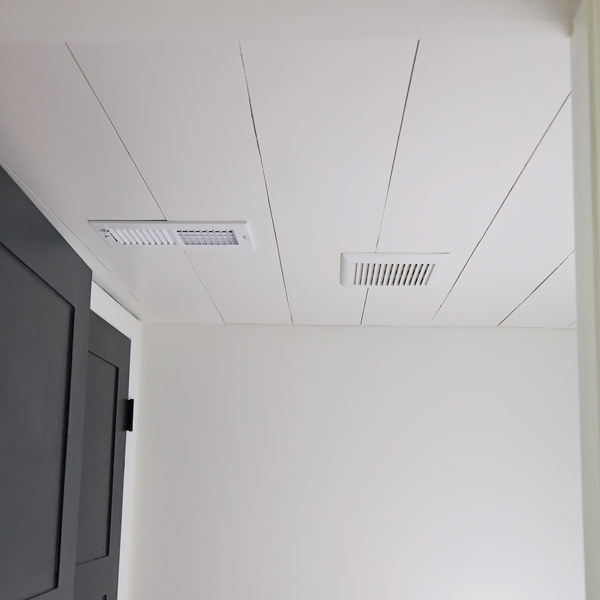 shiplap ceiling DIY