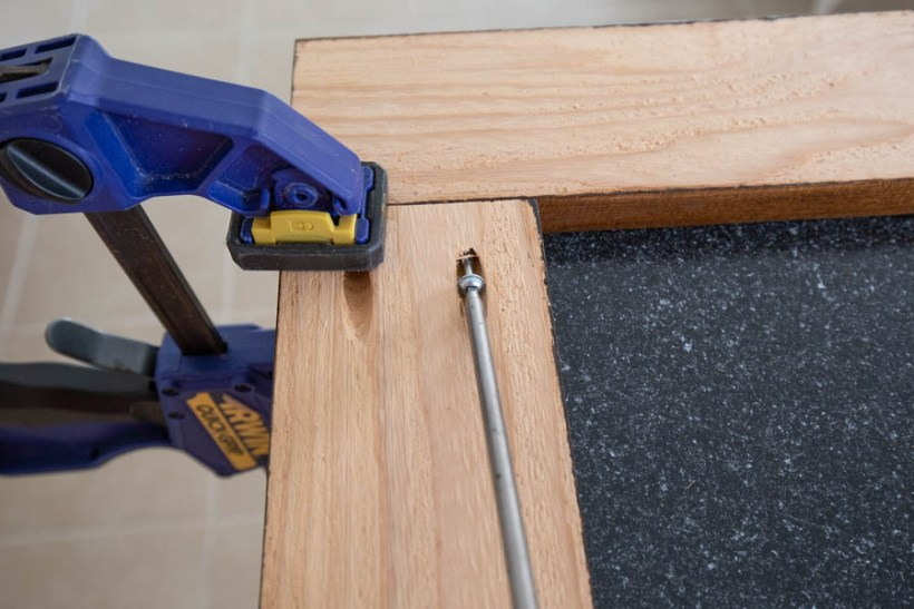 Attaching wood frame boards together with a drill and Kreg screws