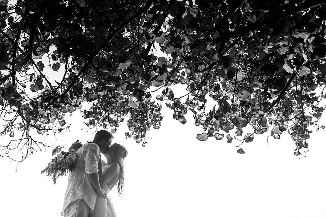 Destination Wedding at Sea House Napili - Maui Wedding Photographer_0032
