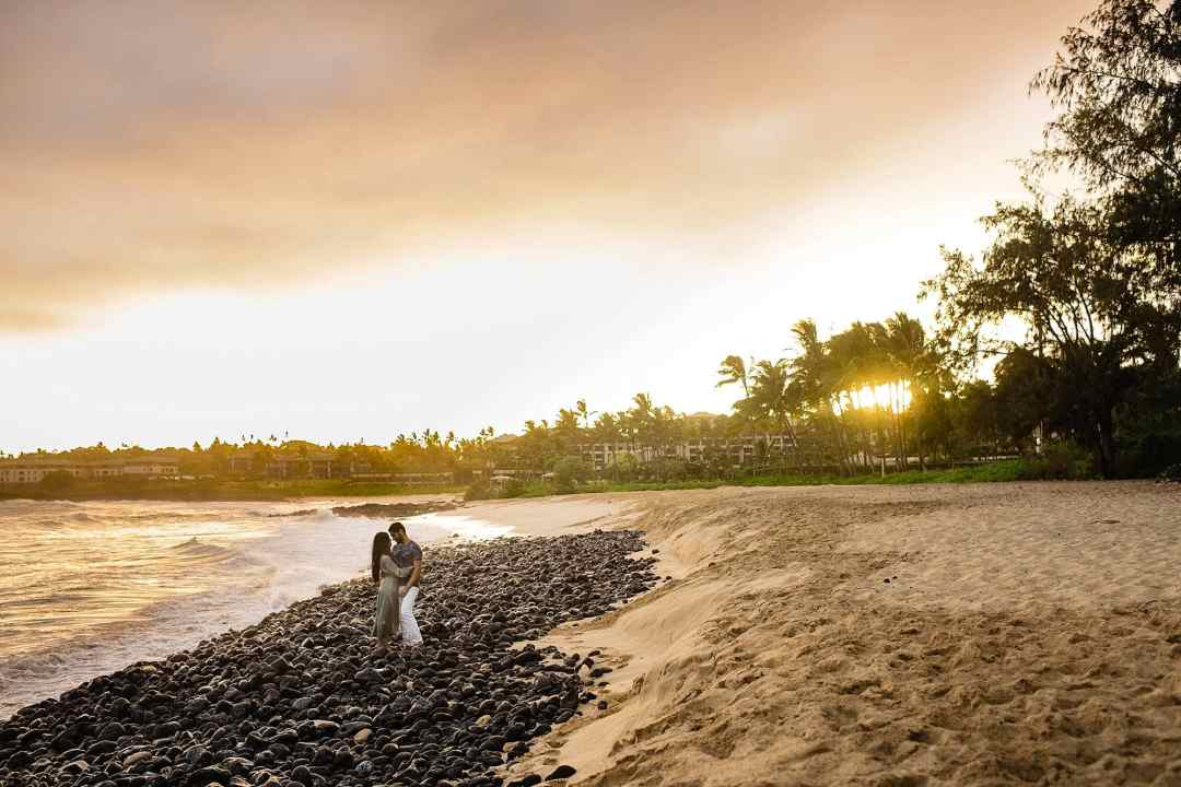 shipwreck beach honeymoon photography