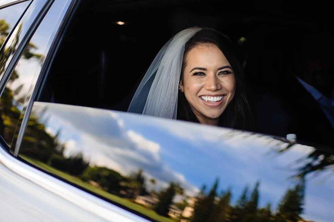 bride at ritz carlton kapalua