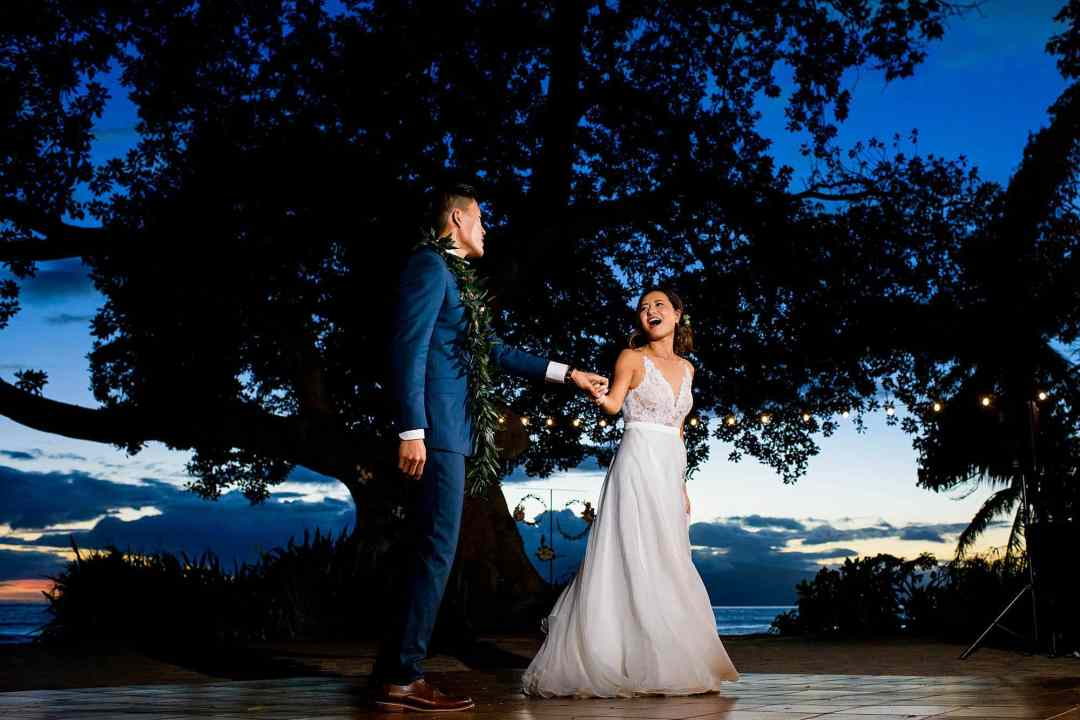 candid first dance photo at Olowalu Plantation House