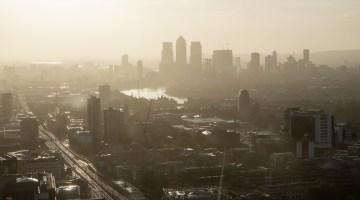 hazing morning in London