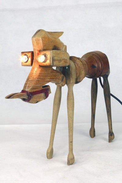 Anichon. Sculpture animal en bois curiosité. Assemblage: âne miniature, poivrier, 2 pinces à cornichon.