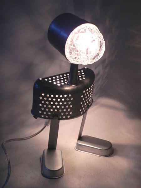 Hawkins. Assemblage d'aluminium lumineux. Composition: filtre à café, bol, passoire, 2 moules à glaces.