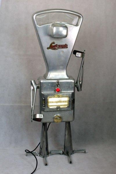Lutrana. Robot balance aluminium.