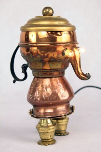 Sculpture objets détournés, antiquité