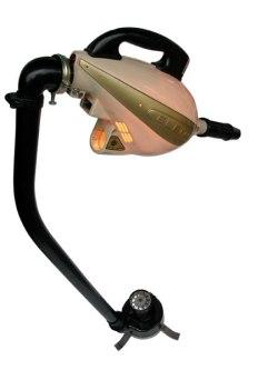 Sculpture détournement d'électroménager. Démontage et assemblage d'un aspirateur ELEMO.
