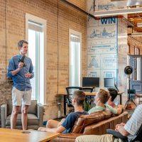 15 ejemplos de pitch decks de startups exitosas