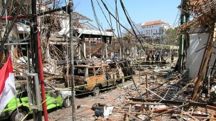 327967-bali-bombing-aftermath