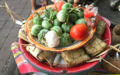 Tepat Cantok: Balinese sticky rice dish :)
