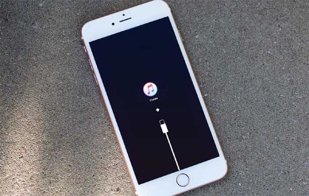 fix iphone stuck on itunes logo 2020