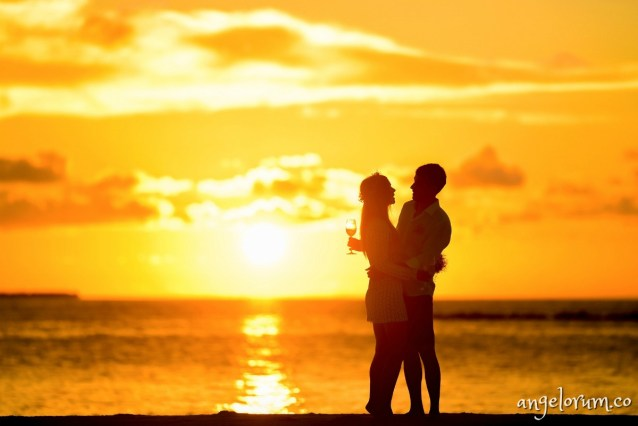 lovers-on-a-beach