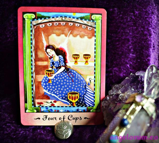 4 of Cups Faerie Tarot