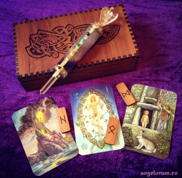 DruidCraft Tarot and Runes