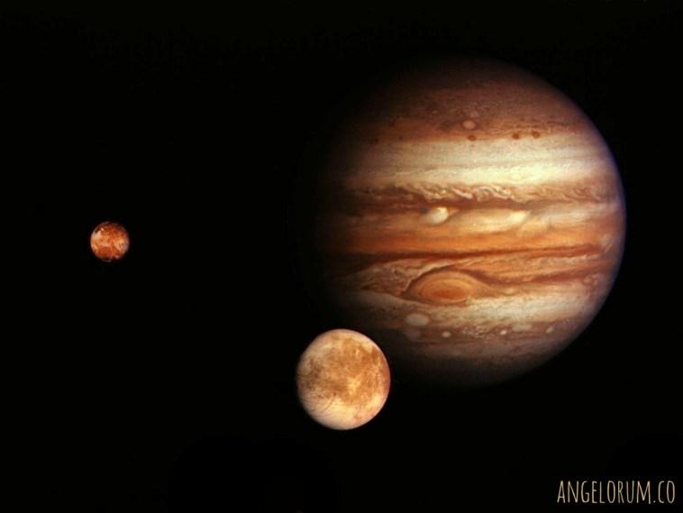 Jupiter in Scorpio Tarot Spread