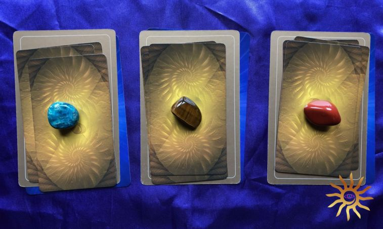 Week ahead pick-a-card Tarot and Angel Oracle card readings for the week of 29 September - 5 October.
