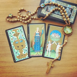 book a christian tarot reading