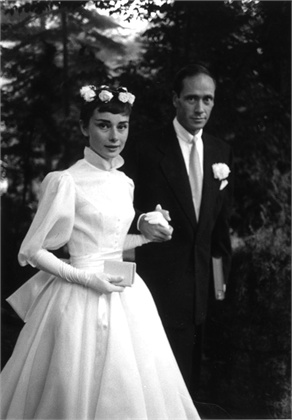 Audrey Hepburn and Mel Ferrer's wedding, 1954. da/from www.vogue.it