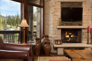 Amazing Deer Valley ski-in/out 3 bed/3 bath at Empire Pass