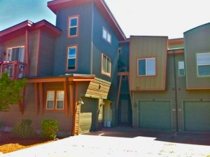 2BD/3BA Kimball Junction Townhouse for Short -Term Rental Starting April 1