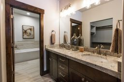 Black Rock Ridge Gallery Bathroom photo