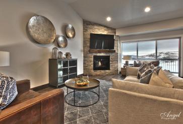 Black Rock Ridge Gallery Living Room photo
