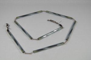 Trout-Flash ANTHRAZIT Reflex-Glas-Feder-Kette