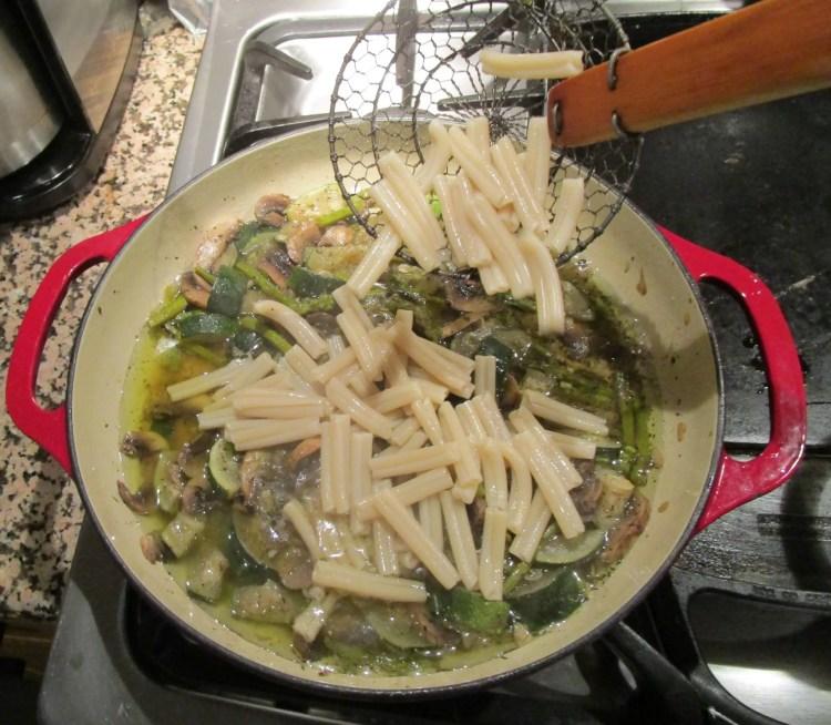 add pasta to mushroom asparagus zucchini 2