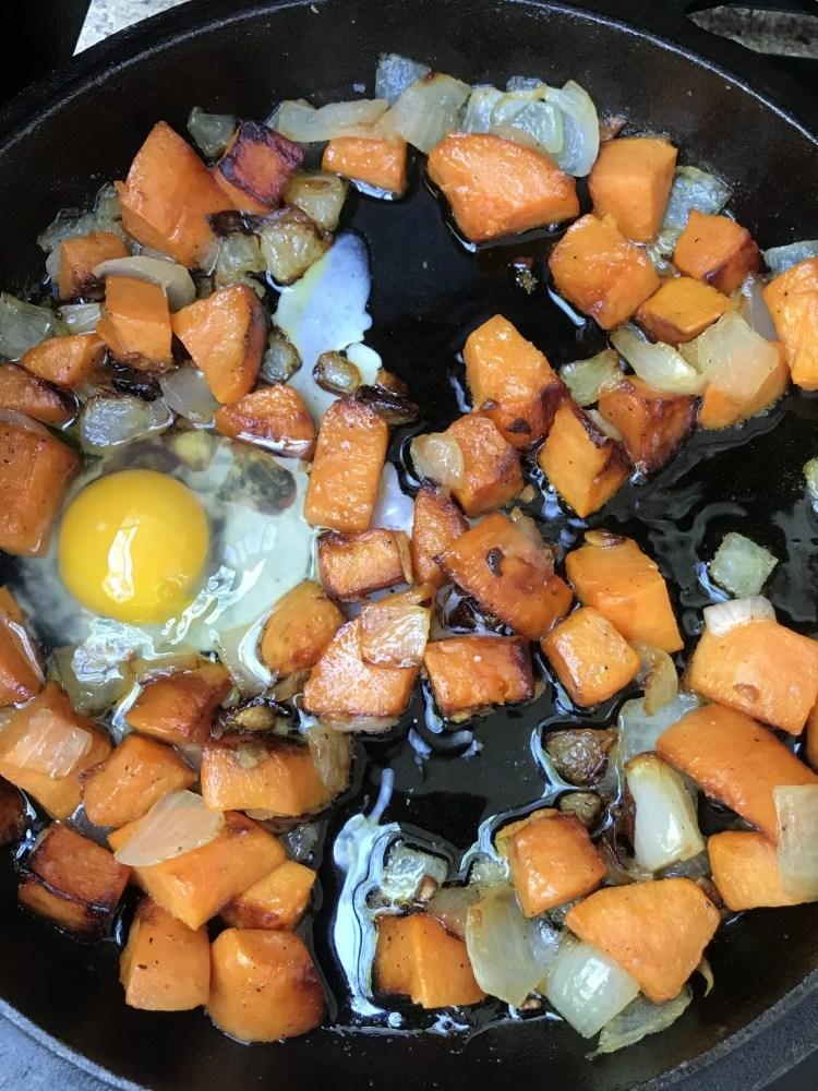 add egg to potato for egg hash