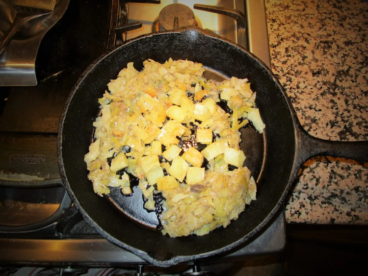 bubble and squeak in a pan