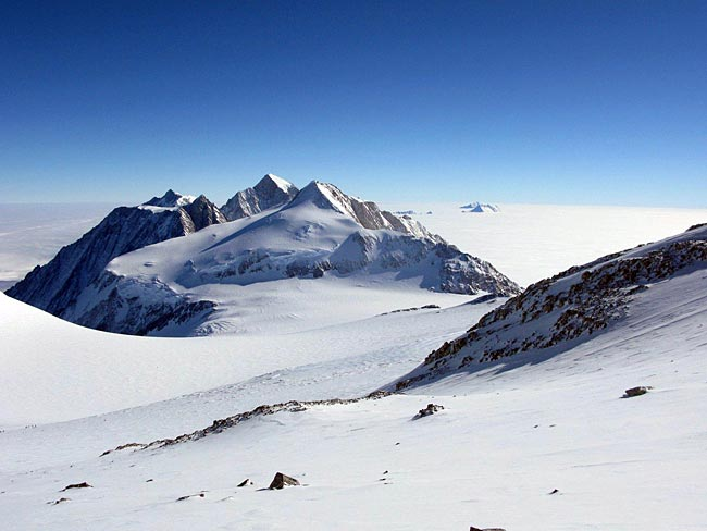 7 Summits of the World (3/6)