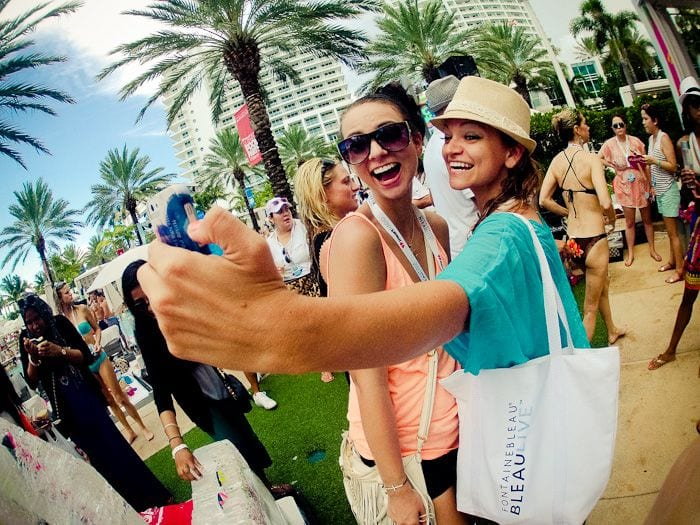 Fontainebleau Miami Beach - The Jet Sisters - Hotels in Florida