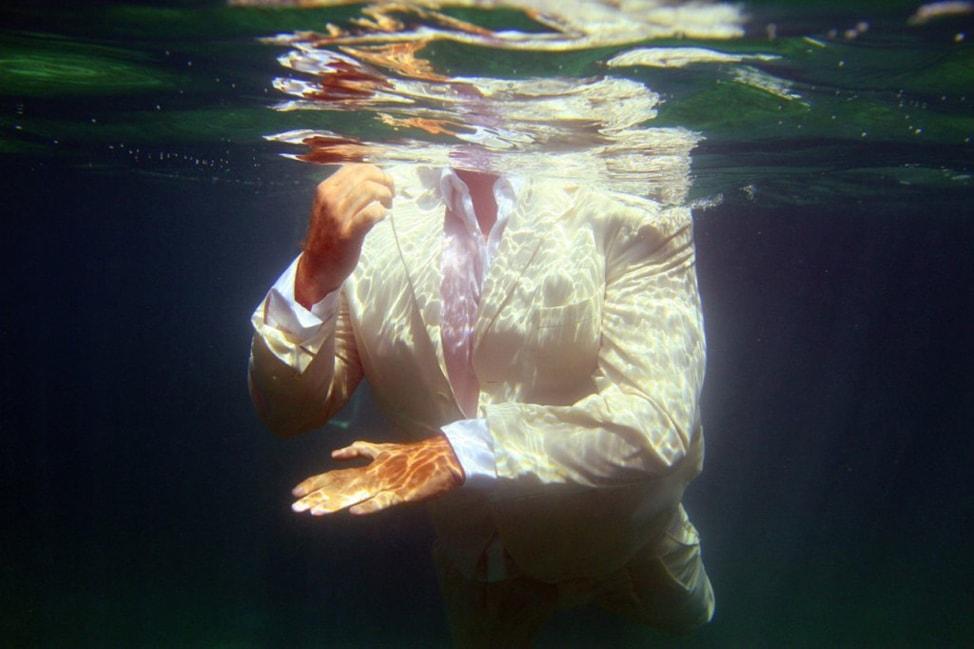 underwater-wedding-photos-15