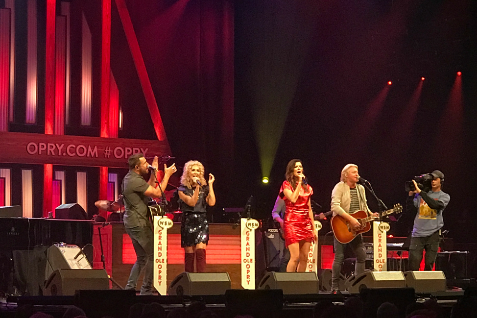 Grand Ole Opry - Angie Away - Little Big Town