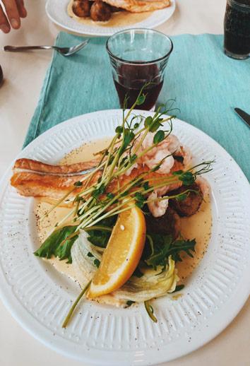 Notre déjeuner sur l'île de Vrångö