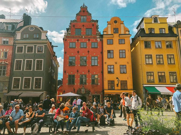La place connue de Stockholm : Stortoget