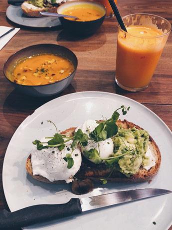 Les avocado toast du Citizen Coffee à Rouen