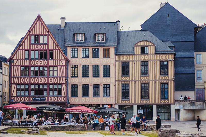 Place du vieux Marché à Rouen