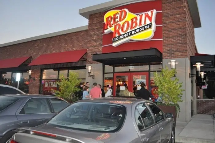 Red Robin in Training Experience