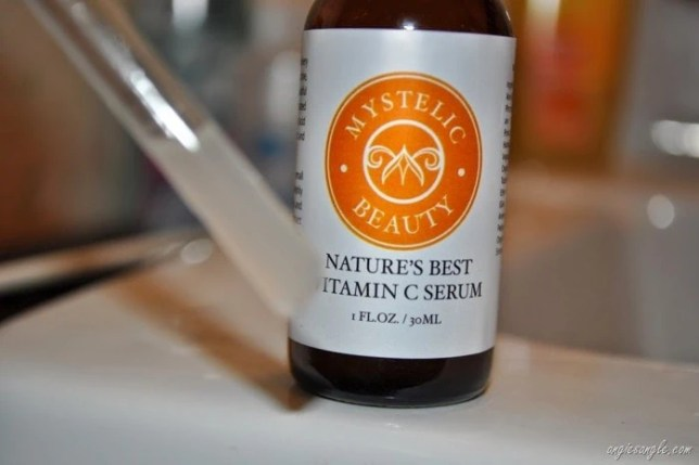 Nature's Best Vitamin C Serum (2)