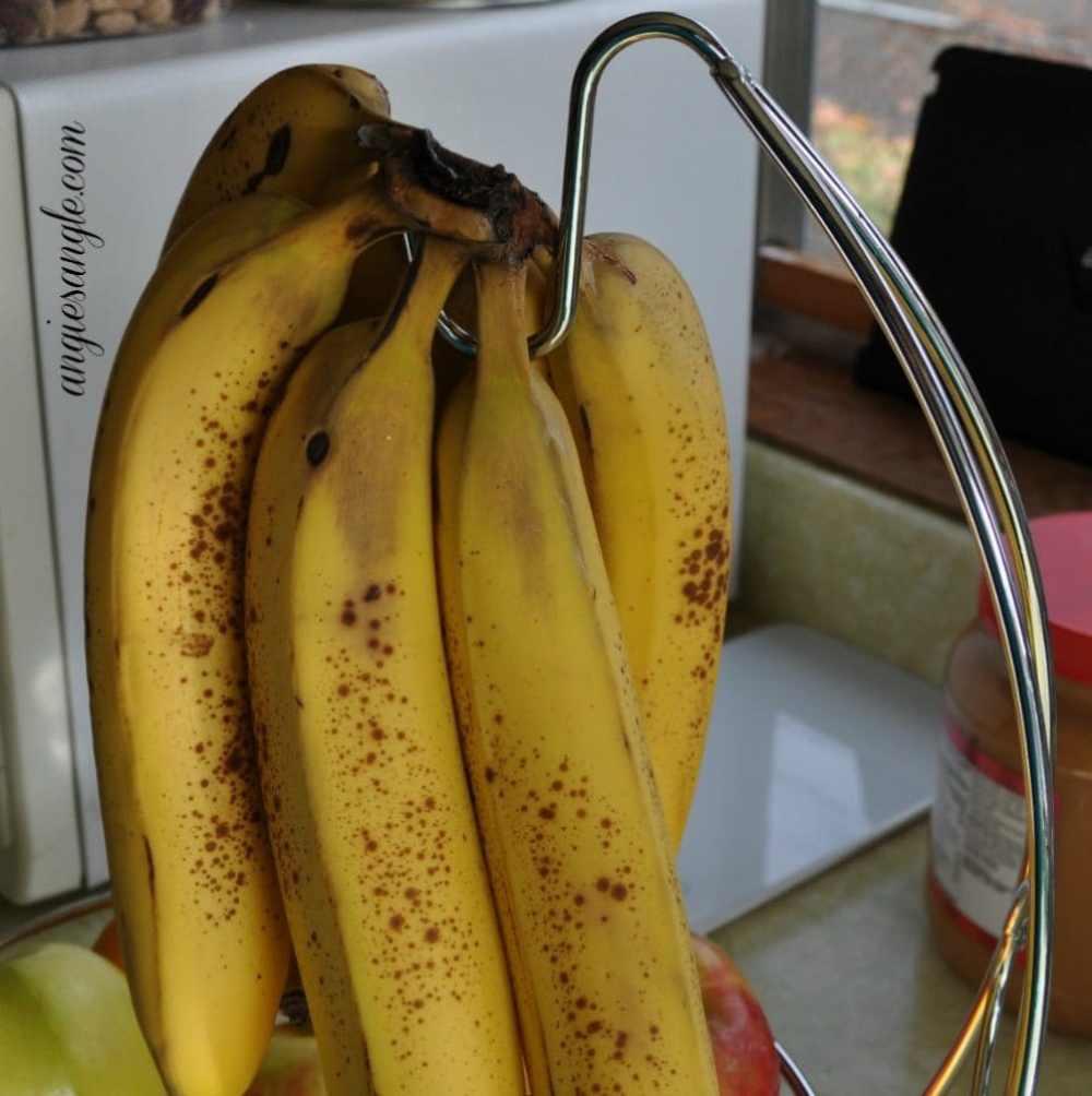 Fruit Basket with Banana Holder - Hook View