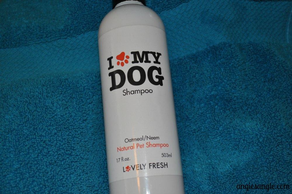 I Love My Dog Shampoo with Roxy #Ilovemydogshampoo