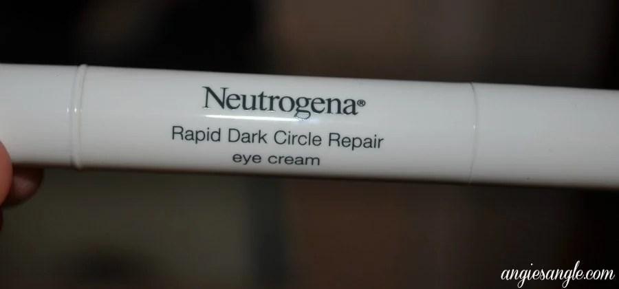 Beauty Monday:  Neutrogena Rapid Dark Circle Repair