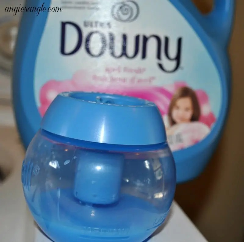 Touchable Softness With Downy - Ball