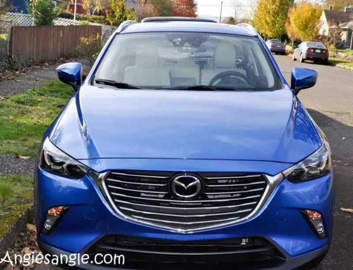 we-zoom-zoomed-to-the-beach-in-the-mazda-cx-3