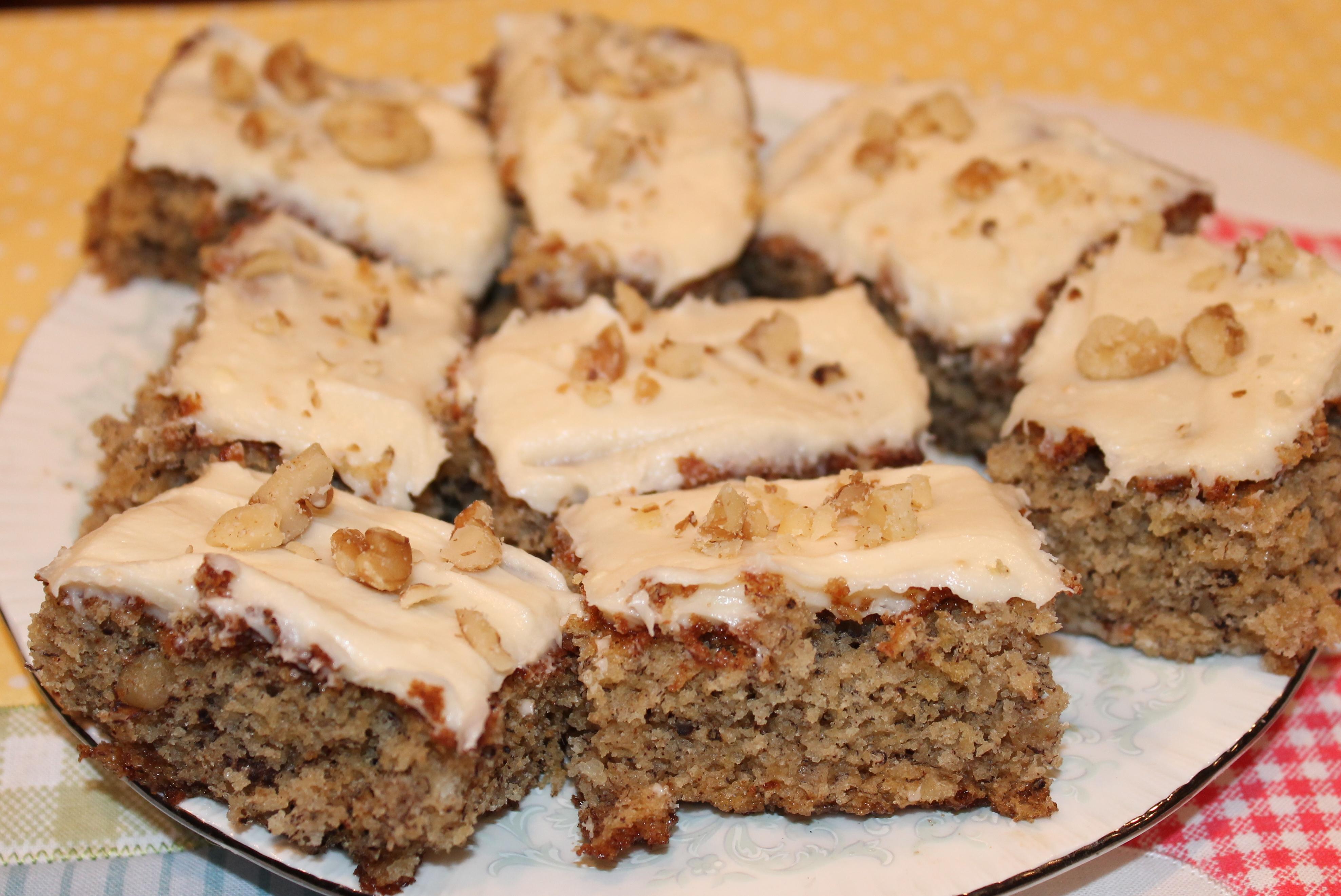 Low Sugar Banana Walnut Cake